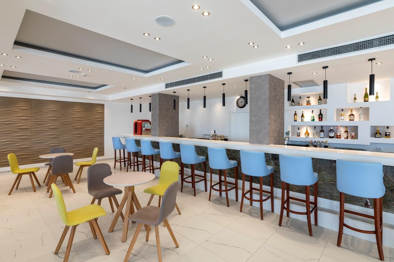 lobby-bar-min